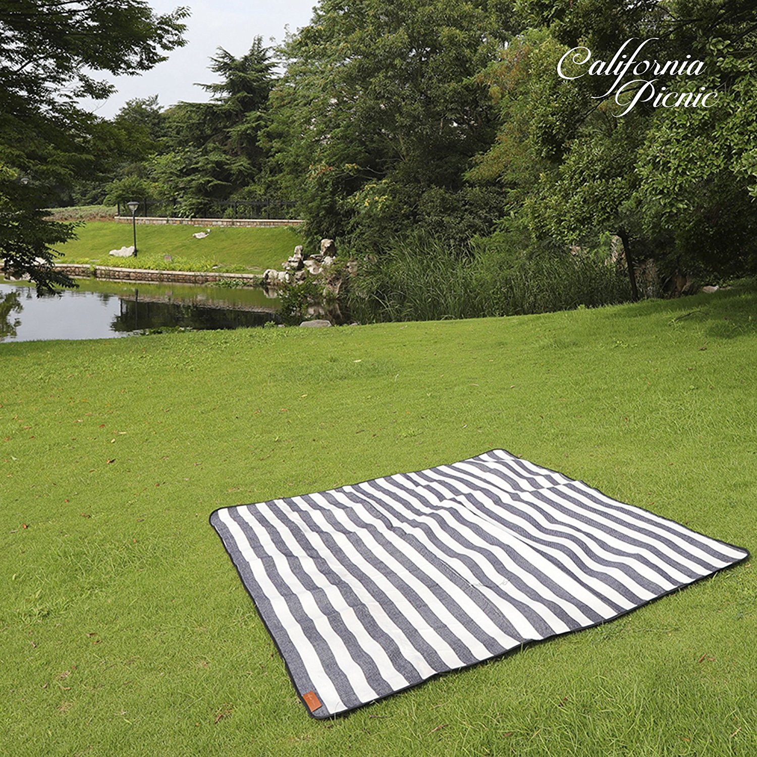 Blue Allegrow Extra Large Waterproof Picnic Beach Blanket Sand Proof Wet Lawn Oversize Water-Resistant Handy Blanket for Outdoor Spring and Summer Picnics and Camping Portable
