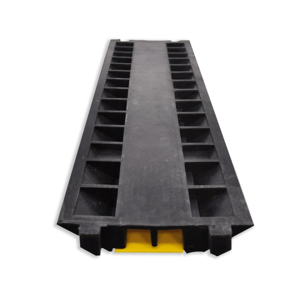 New Pyle Pcblco26 Cable Protective Cover Ramp Cord Wire